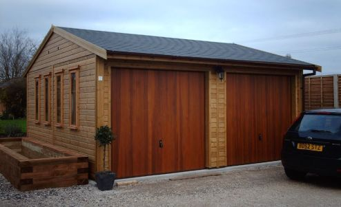 HOVER & HOLD THE PHOTO