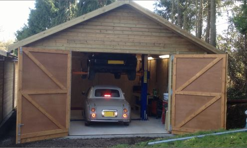 Can I have a car lift in a garage and not need planning permission?
